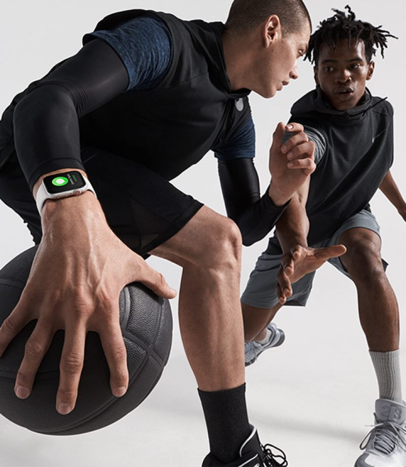 Apple-Watch-Series4_basketball-lifestyle_09122018